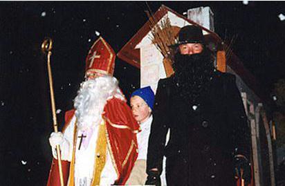 Saint Nicolas accompagné du PèreFouettard